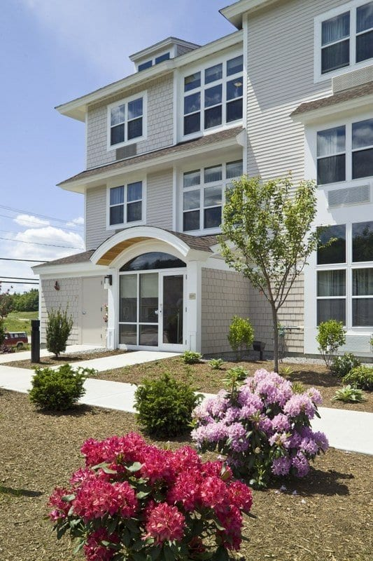 TownePlace Suites Gilford Exterior 0521