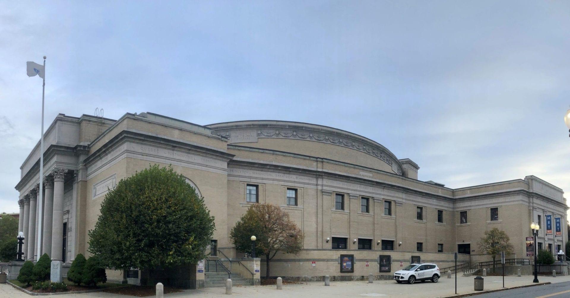 Lowell-Memorial-Auditorium-001